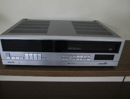 Video 2000 vs VHS
